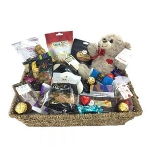 Large hamper basket